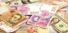 currency-US-international-bank-notes (HomeSubFeature)